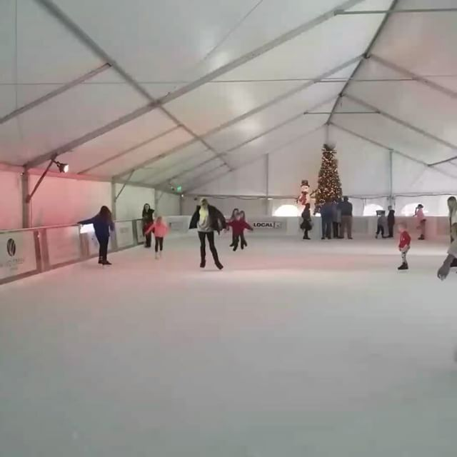 You can't ice skate in Orange Beach, Alabama. ... said noone, ever. #orangebeachcondo #OrangeBeach #Alabama