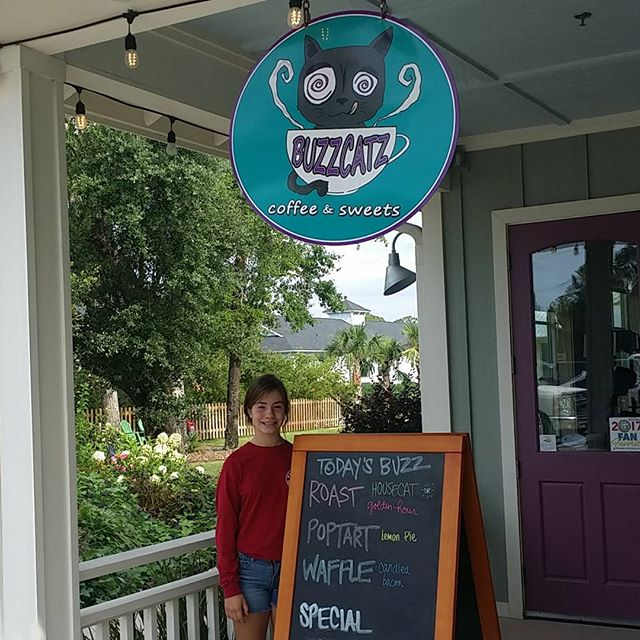 Buzzcatz - awesome place to get Breakfast in Orange Beach  #buzzcats #ORANGEBEACH #buzzcatz