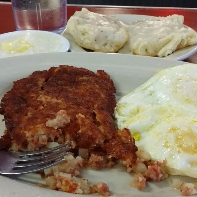 Where can you get homemade corned beef hash in Orange Beach, AL?  At Hod Rod Diner!! #hotroddiner #orangebeach #gulfshores